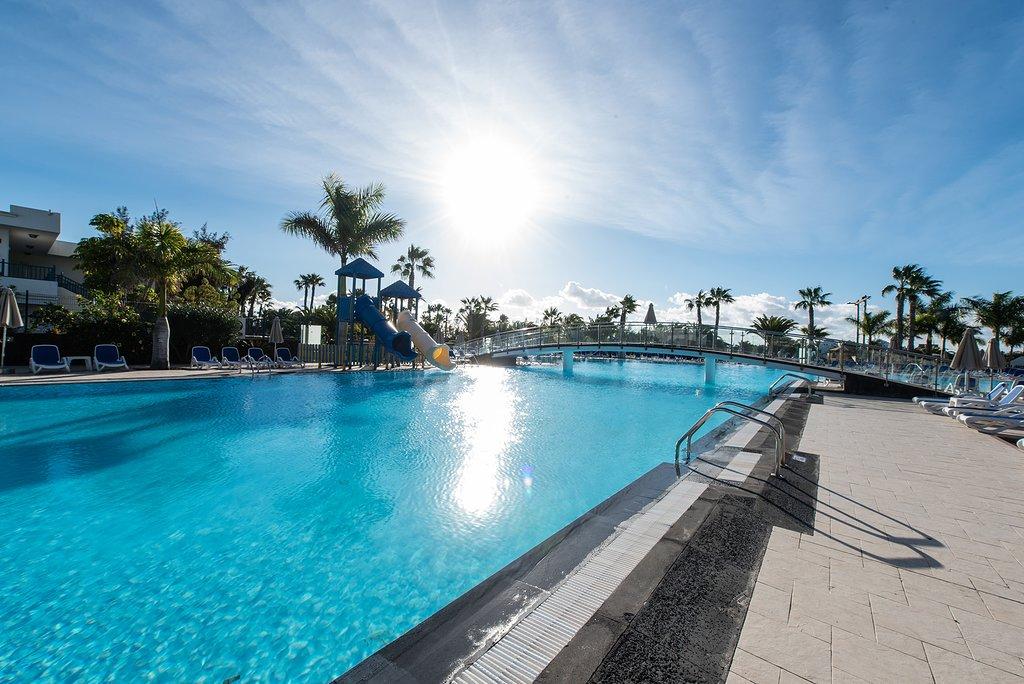 Hotel Tropical Island w Playa Blanca